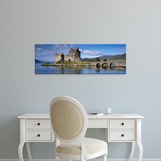Easy Art Prints Panoramic Image 'Castle, Eilean Donan, Loch Duich, Dornie, Highlands Region, Scotland' Canvas Art