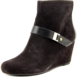 Isaac Mizrahi Koi Women Round Toe Suede Ankle Boot