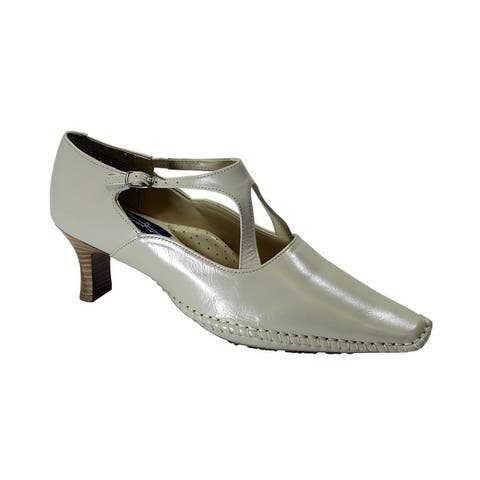 PEERAGE Roanne Womens Extra Wide Width Stitched Leather Pumps