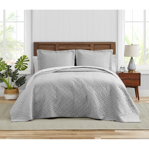 Tommy Bahama Solid Chevron Cotton Reversible Grey Quilt Set