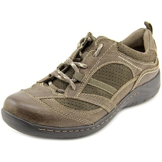 Earth Redroot Women Round Toe Leather Walking Shoe