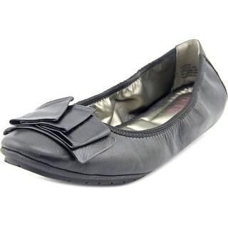 Me Too Lilyana 204 Women Round Toe Leather Black Ballet Flats