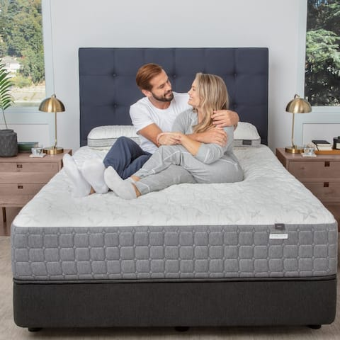 Aireloom Ease Hybrid Oasis 12-inch Plush Mattress