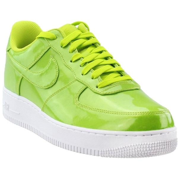 wholesale dealer e2e82 3c995 Nike Mens Air Force 1   x27 07 Lv8 Uv Athletic  amp  Sneakers