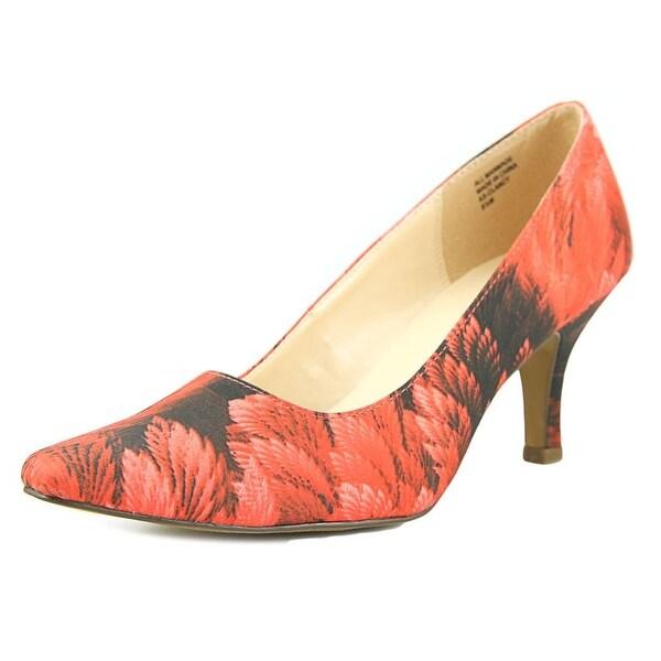 Karen Scott Clancy Red Floral Pumps