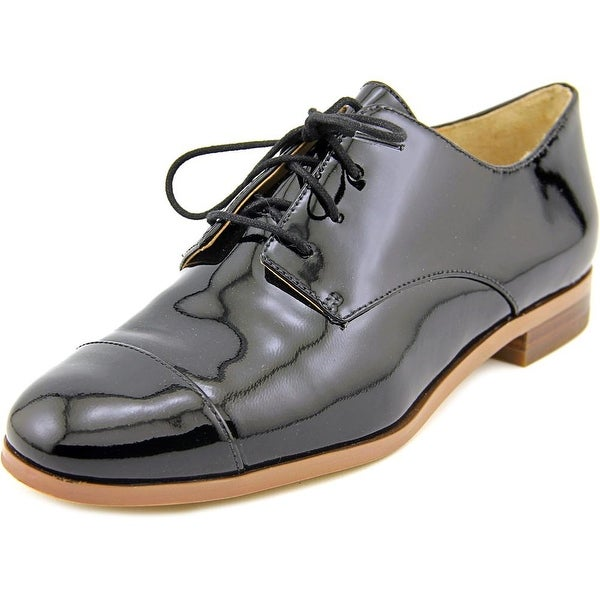 Michael Michael Kors Pierce Lace Up Women Cap Toe Patent Leather Oxford