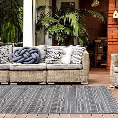 Bohemian Geometric Stripe Indoor/Outdoor Area Rug
