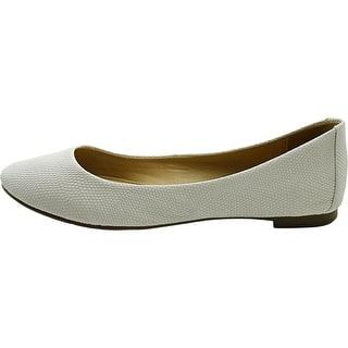 Alfani Womens GESSEYL Suede Round Toe Ballet Flats|https://ak1.ostkcdn.com/images/products/is/images/direct/8b3ff959f709ec1220d6c5169dbbc36835c5ff17/Alfani-Womens-GESSEYL-Suede-Round-Toe-Ballet-Flats.jpg?impolicy=medium