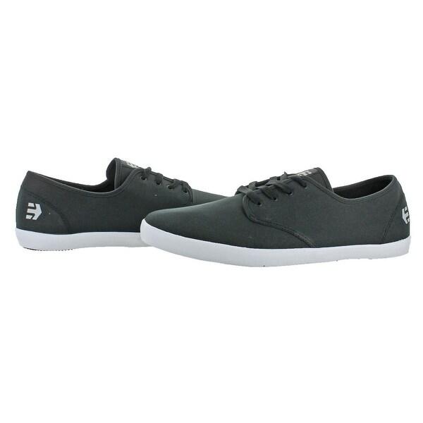 etnies classic shoes