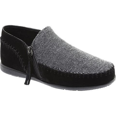 Minnetonka Women's Sidney Side Zip Slip On Black Suede