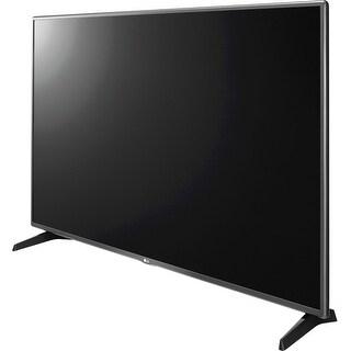 LG 55LH5750 55-inch LED Smart TV - 1920 x 1080 - 60 Hz - Triple (Refurbished)|https://ak1.ostkcdn.com/images/products/is/images/direct/8bac5ccebdd195924ec7983f024bfb2b4368b626/LG-55LH5750-55-inch-LED-Smart-TV---1920-x-1080---60-Hz---Triple-%28Refurbished%29.jpg?_ostk_perf_=percv&impolicy=medium
