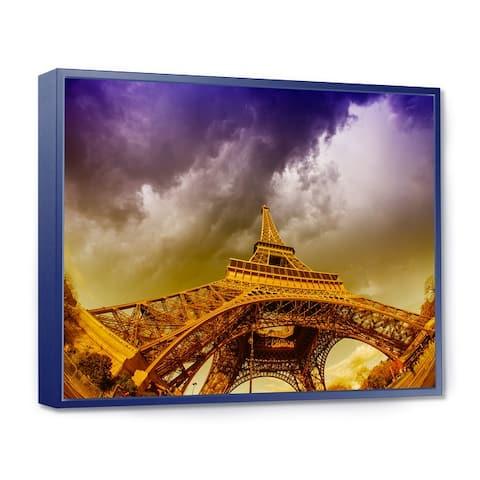 Designart 'Paris Eiffel Towerand Gorgeous Sky' Photography Framed Canvas Art Print