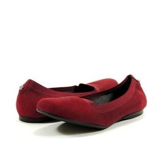 Stuart Weitzman Women's Squeeze Ballet Flat