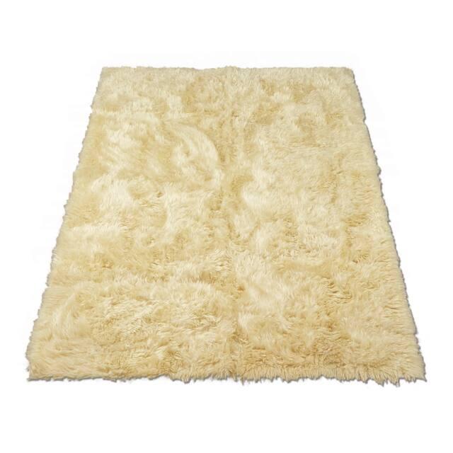 "Walk on Me Faux Sheepskin Rectangle Faux Fur Machine Washable Area Rug - 2'3"" x 3'7"" - Ivory"