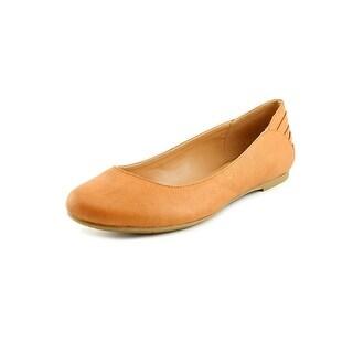 Report Korree Women Round Toe Synthetic Tan Flats