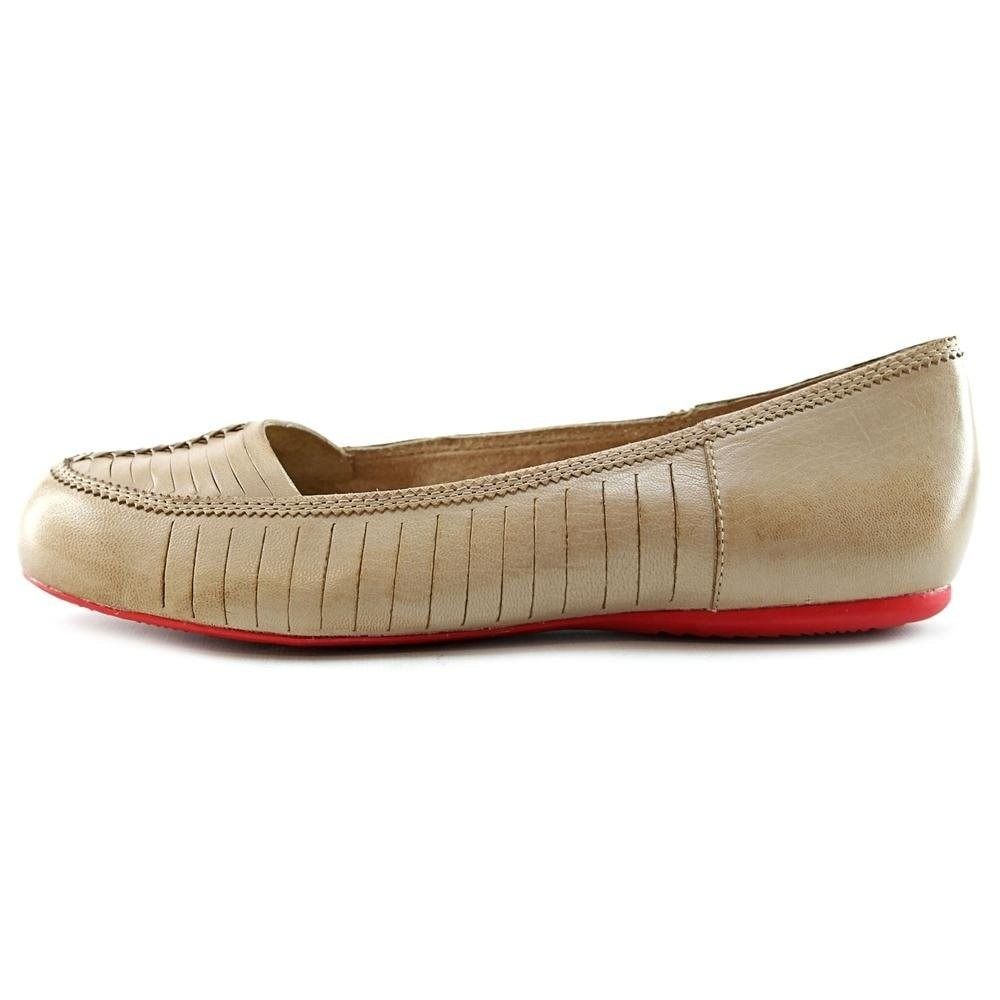 b5d2c0c803c8 Buy SoftWalk Women s Flats Online at Overstock