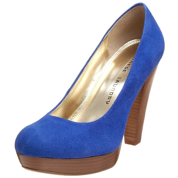 Chinese Laundry Women's Keep Up Suede Platform Pump - 7.5