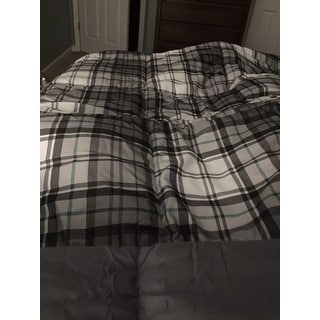 Madison Park Essentials Hartford Plaid Gray 3M Scotchgard Moisture Wicking Down Alternative Comforter 3-Piece Set