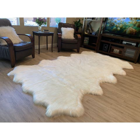 "Highland Select Natural Long Wool Sheepskin 10 Pelt Shag Rug - 5'5"" x 8'6"""