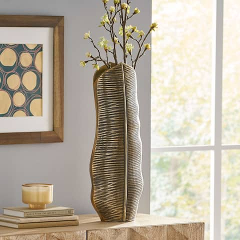 Waleska Indoor Aluminum Handcrafted Leaf Vase by Christopher Knight Home