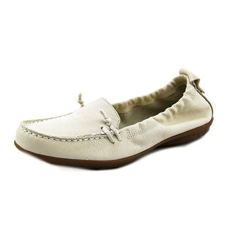 Hush Puppies Ceil Slip On_MT Women Moc Toe Leather White Loafer