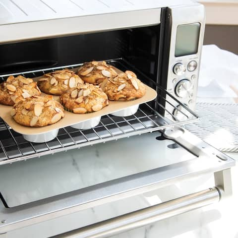 Nordic Ware Compact Ovenware Muffin Pan