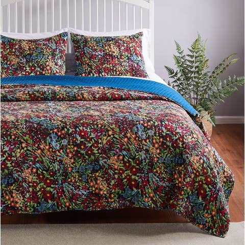 Barefoot Bungalow Alice Quilt and Pillow Sham Set