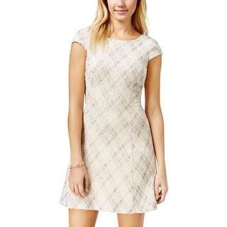 Teeze Me Womens Juniors Cocktail Dress Shimmer Cap Sleeves
