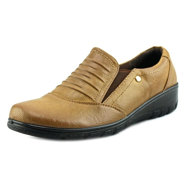 Easy Street Proctor Women Tan Flats