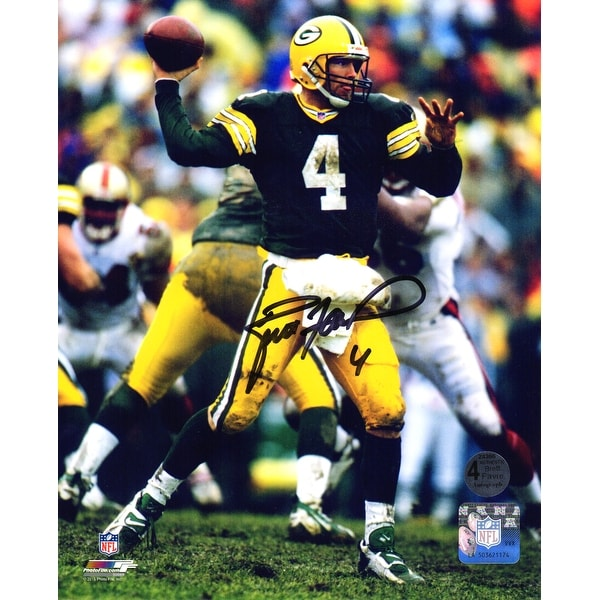 buy popular 1ba03 e1080 Brett Favre Green Bay Packers Passing 8x10 Photo