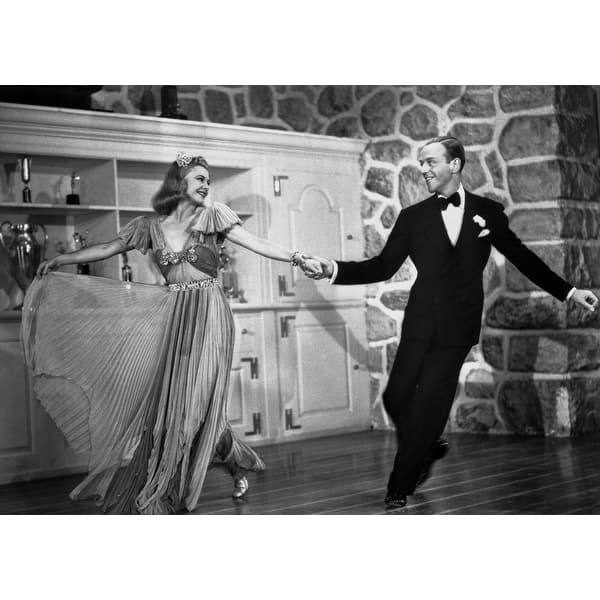 Shop Fred Astaire And Ginger Rogers Dancing And Enjoying The Moment Photo Print Overstock 25391162