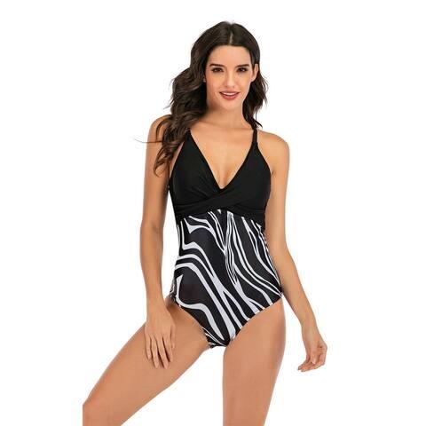 Cali Chic Women's One Piece Swimwear Celebrity Black White Stripe Print One Piece Swimwear