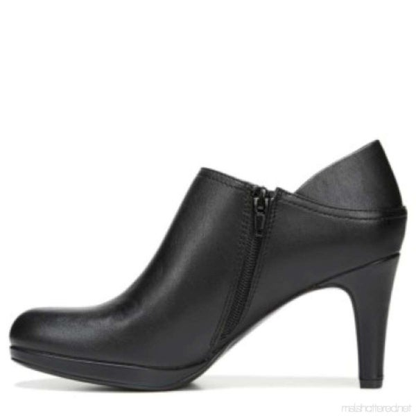 Naturalizer Womens Paris Closed Toe Ankle Fashion Boots