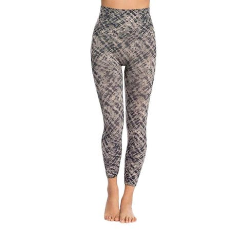 Spanx Women Cropped Look At Me Now Seamless Leggings