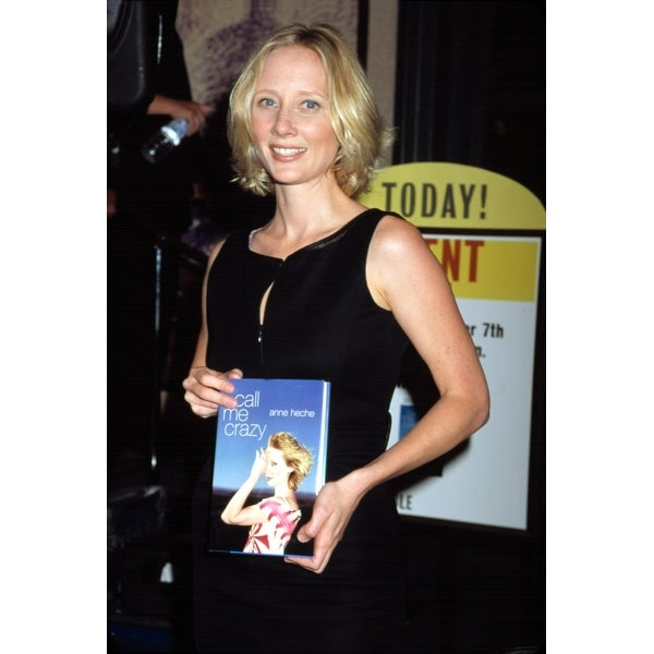 Anne Heche At A Barnes & Noble Book Signing Of Her Autobiography Nyc 972001  By Cj Contino Celebrity