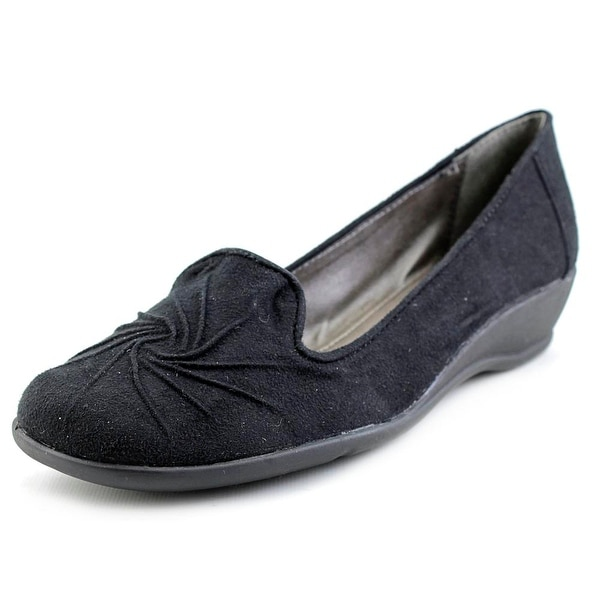 Soft Style by Hush Puppies Rogan Women Round Toe Canvas Black Loafer
