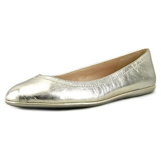 Nine West Zarong Women Round Toe Leather Flats