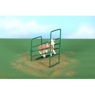 Little Buster Toy Heavy Duty Metal Cattle Loading Ramp Green 500211|https://ak1.ostkcdn.com/images/products/is/images/direct/91b6a193e9ed998614208a0aa29427b4c8146ecb/Little-Buster-Toy-Heavy-Duty-Metal-Cattle-Loading-Ramp-Green-500211.jpg?impolicy=medium