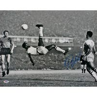 Pele Signed Brazil Black & White Bicycle Kick 16x20 Photo PSA