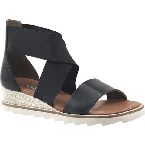 Diba True Women's Qwi Ver Strappy Sandal Black Leather/Elastic