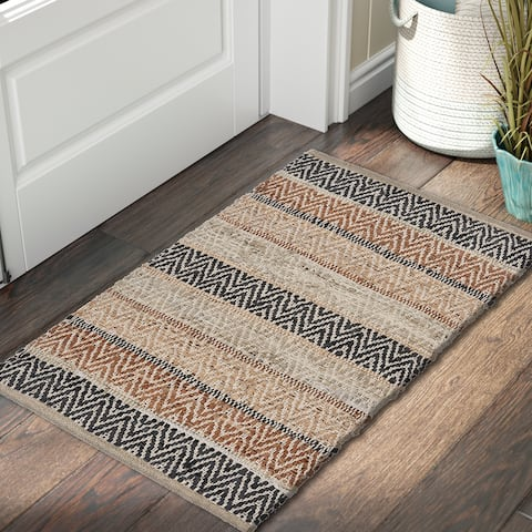"""Multi-toned Brown Natural Reversible Accent Rug - 2'0"""" x 3'0"""""""