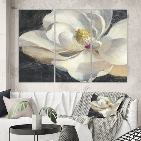 Designart 'Vivid White Magnolia IV' Shabby Chic Canvas Wall Art
