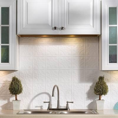 Fasade Traditional Style #1 Matte White 15-square Foot Backsplash 15 Sq Ft Kit