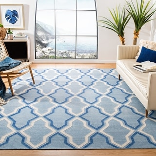 Link to Safavieh Handmade Flatweave Dhurries Vikki Modern Moroccan Wool Rug Similar Items in Transitional Rugs