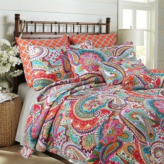 Link to Blazing Paisley Reversible 3-Piece Quilt Set Similar Items in Quilts & Coverlets