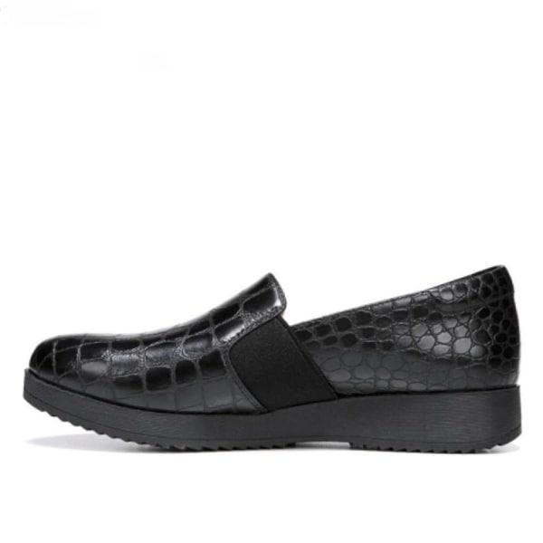 Naturalizer Womens Suma Closed Toe Loafers