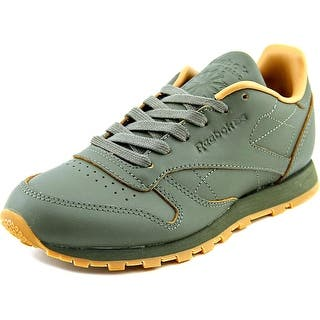 Reebok CL Leather Kendrick Round Toe Leather Sneakers|https://ak1.ostkcdn.com/images/products/is/images/direct/943a71387b4594216ad378541f79a76152dcca50/Reebok-CL-Leather-Kendrick-Round-Toe-Leather-Sneakers.jpg?impolicy=medium