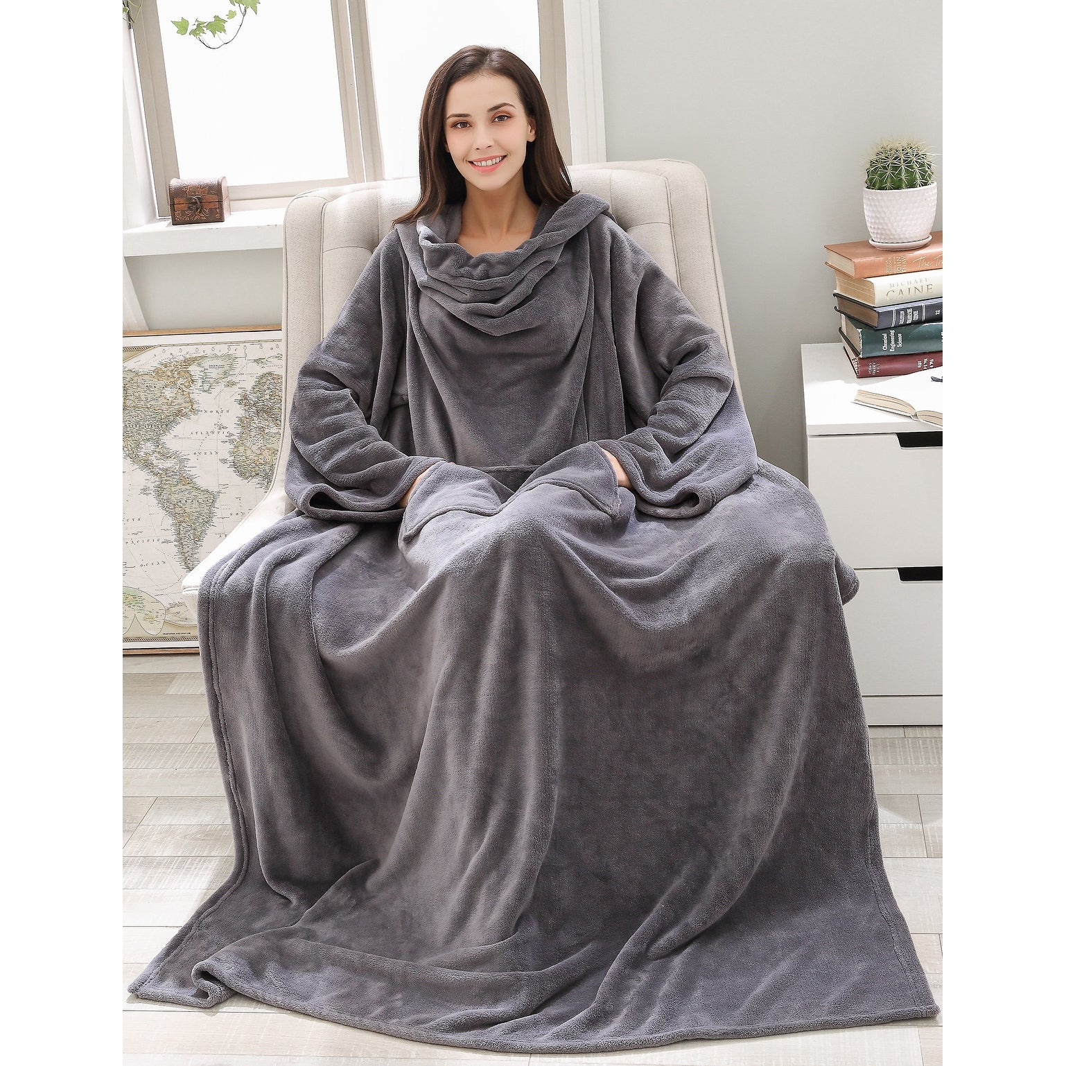 Richie House Soft And Warm Fleece Throw Blanket With Sleeves Grey One Size