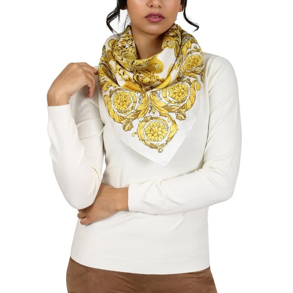 Versace White/Gold Creponne Chain Print Silk Foulard Scarf - 34-34