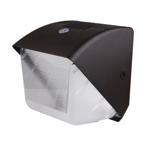 40 Watt Small LED Wall Pack with Photocell CCT Selectable 120-277